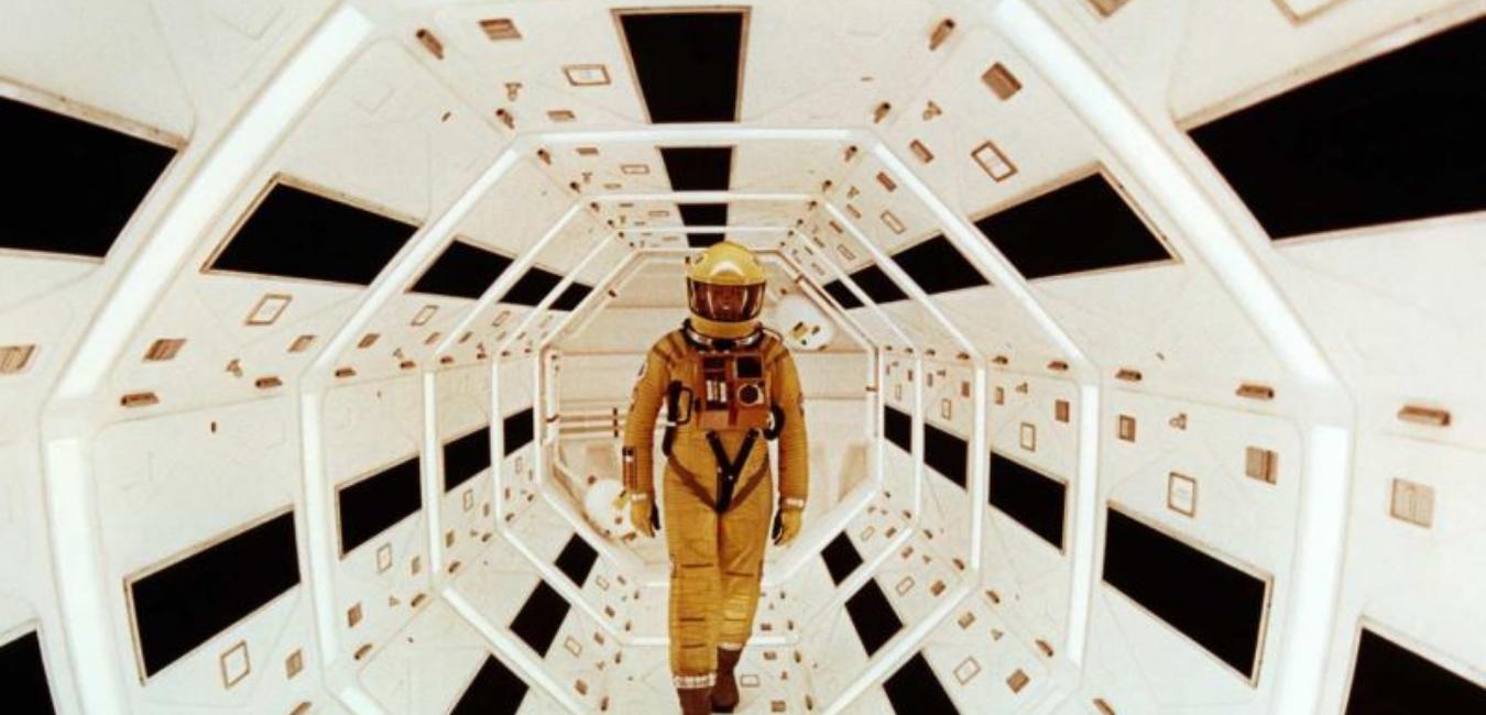 2001: A Space Odyssey film incelemesi